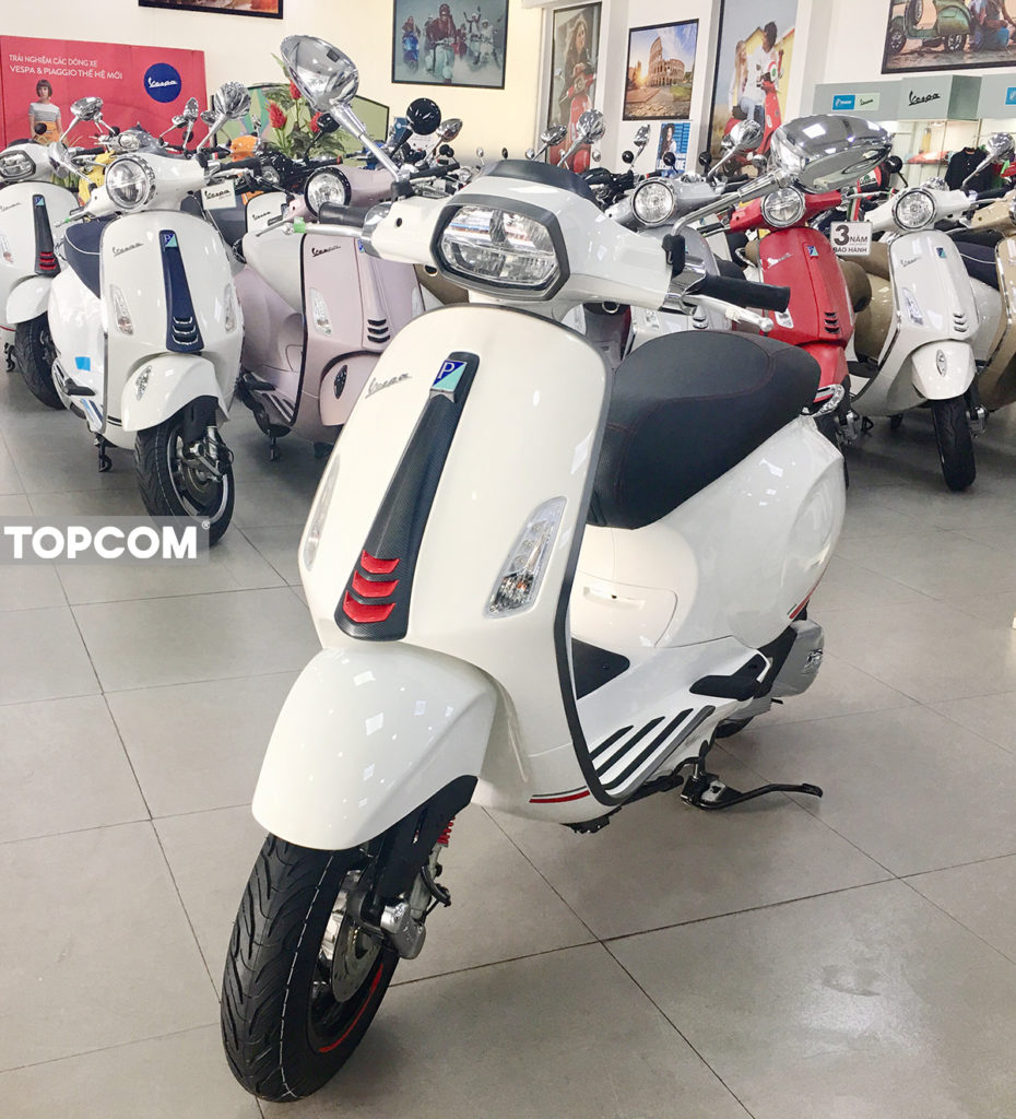 vespa-sprint-carbon-2019